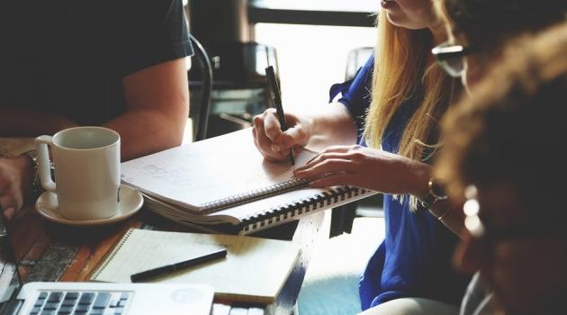 O que o mercado de trabalho exige dos profissionais?